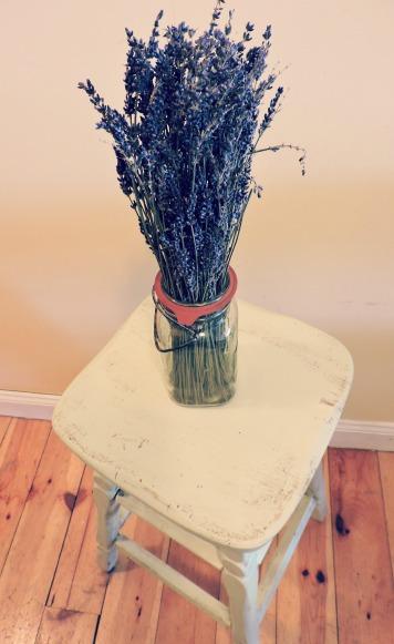 stool lavender